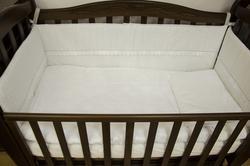 Верес защита на кроватку White Ivy Верес защита на кроватку White Ivy 152.04ver